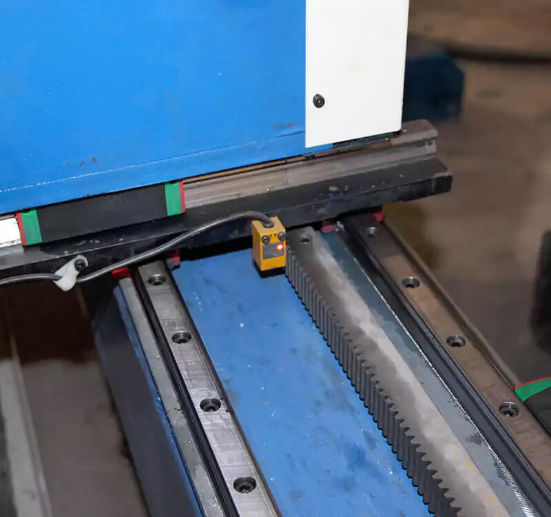 CNC plasma and flame square tube cutter details